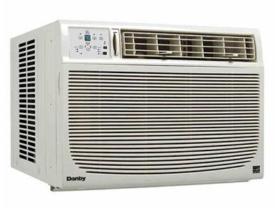 Danby fabrique ce climatiseur de 15000 btu.